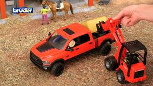 <b>Пикап Bruder RAM</b> 2500 с коневозкой и лошадью (02-501 ...