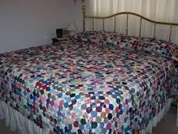 Making a Yo Yo Bedspread | ThriftyFun & Yo yo bedspread. Adamdwight.com