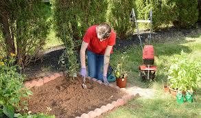 small space gardening mantis garden tools