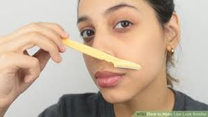 image led make lips look smaller step 8