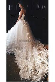 Sweetheart Flowers <b>Luxurious Cathedral Train</b> Wedding Dress ...