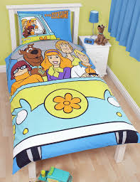this fun and colourful scooby doo bedding set comprises 1 x duvet cover and 1 x pillowcase
