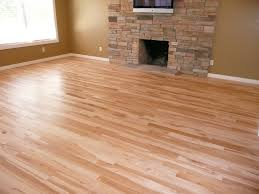 light wood flooring what color to paint walls | Hickory hardwood ...