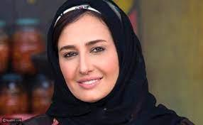 رد فعل الفنانين على تصريحات حلا شيحة: رجعي الفلوس وموعدتكيش بحاجة - ليالينا