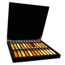 whisky tasting 24 premium whiskies in wooden box