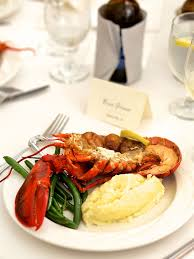 Wedding Meal Planner 17 Reception Food Ideas For Your Main Dish