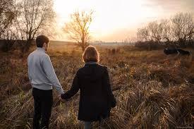 Resultado de imagen para parejas en el horizonte
