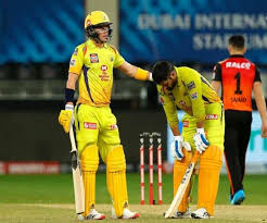Csk lost two wickets in a gap of 4 deliveries and srh thought to tighten things up for the hosts but dhoni walked into the middle to calmed things down into the middle and gave rayudu the time he. Srh Vs Csk Ms Dhoni Feels Discomfort Vs Sunrises Hyderabad Bat After Taking Tablet Ipl In Uae