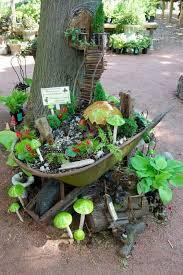 9 magical fairy garden designs you can