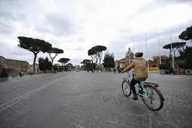 Roma, blocco totale delle auto: domani la domenica ecologica ...