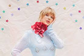 Taylor Swifts Lover Is No 1 On Billboard 200 Chart