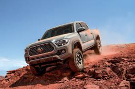 Toyota Tacoma Reviews: Research New & Used Models | Motor Trend
