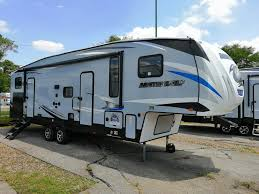 2020 cherokee arctic wolf 315tbh8 5th wheel with bunks outdoor kitchen and 1 5 baths