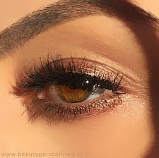 2 minute shimmering eyes