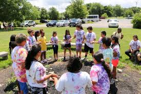 summer s here summer youth programs kicked off on june 19 thanks to outreach students ene in programs that provide fun summer activities academic and