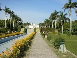 photo courtesy mons wikia org 5 18 panchkula photos yadavindra garden pinjore