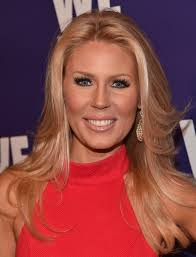 real housewives gretchen rossi s no makeup selfie promotes healthy body image she s not the only housewife to support body positivity on camera