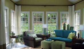 Sunroom makeover: On my list - love the higher curtain. Interior Design  Ideas,
