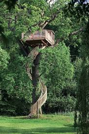 Outdoor: Amazing Three Story Treehouse Design - Treehouse Designs