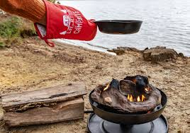 Camco 58035 Big Red Campfire Approved For Rv Campgrounds Includes 10 Foot Propane Hose Walmart Com Walmart Com