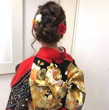 渡辺由里絵さんのヘアスタイル 振袖アレンジ 編み込み Tredina