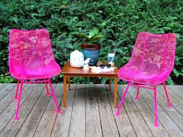 painting patio furnitureHow to Paint Metal Chairs  howtos  DIY