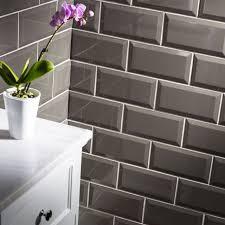 gloss dark grey metro bevelled edge ceramic wall tiles 10 x 20cm 1m² 50 tiles