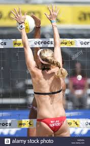 15 August 2009: Kerri Walsh (near court) blocks Priscilla Lima (far Stock  Photo - Alamy