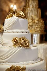 Gold Wedding White Gold Wedding Cakes 2195342 Weddbook