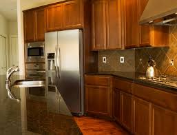 how to choose wood stain colors for kitchen cabinets