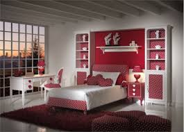 Decorating teen bedroom red and beige