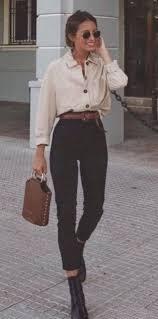 Deloris Porter adlı kullanıcının outfits panosundaki Pin, 2020 | Trend  elbiseler, Yazlık giysiler, Moda stilleri