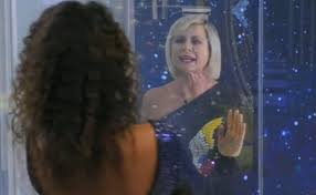 "Antonella Elia umilia Samantha De Grenet ma spunta un video che la  incastra: ""La Regina dei pannolini"" - Bigodino"