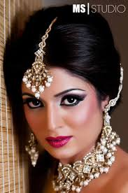 longshort s indian bridal makeup and hairstyle bridal makeuphairstyleswedding longhair longshort asian hair and makeup by
