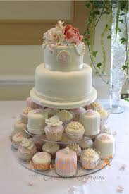 Tasteful Cakes By Christina Georgiou Vintage Style Wedding Cupcake