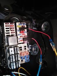 under seat subwoofer install overview kenwood ksc sw11 to select fuse positions that will power your sub your ignition but shut if off when the ignition is off here is what i ended up that works