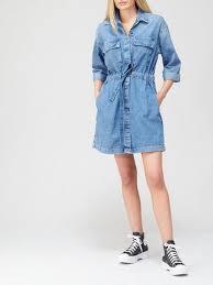 <b>Levi's</b> | Dresses | Women | www.very.co.uk