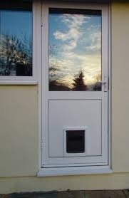 dog mate medium dog door 215 in upvc door panel