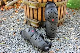 Kali Knee Pads Size Chart Review Dainese Armoform Knee Guards Pinkbike