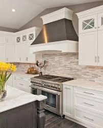 kitchen backsplash with white cabinets best white kitchen ideas on white with kitchen white cabinets kitchen backsplash white cabinets grey countertop