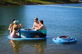 round floating picnic table