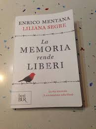 Libro la memoria rende liberi