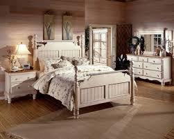 white antique bedroom urniture