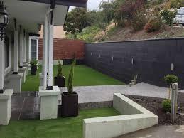 freestone smooth retaining wall