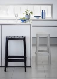 Kitchen Bar Stool Black And White Bar Stools How To Choose And Use Them