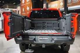 Gallery: The Ram 1500's new multi-function tailgate | Hooniverse