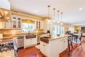 Kitchen Cabinets Virginia Beach Delectable 48r W Little Neck Road Apt R Virginia Beach VA 48 HotPads