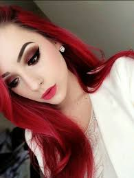 redhead grunge with smokey eye lashes makeup look
