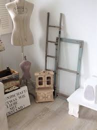 Deko Alte Fensterrahmen Und Alte Fensterläden Mit Schriftzug Diy