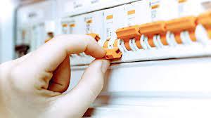 Elektrik Sigortası Neden Atar? - Aydınlatma Portalı